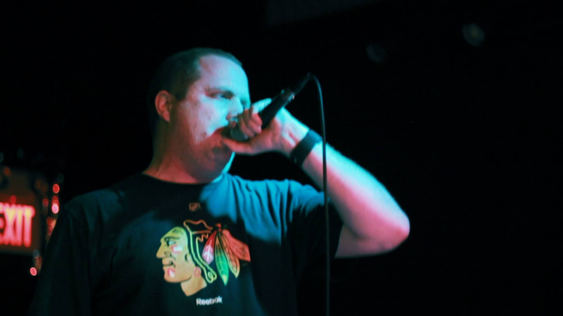 Brian performing live at the Livewire Lounge